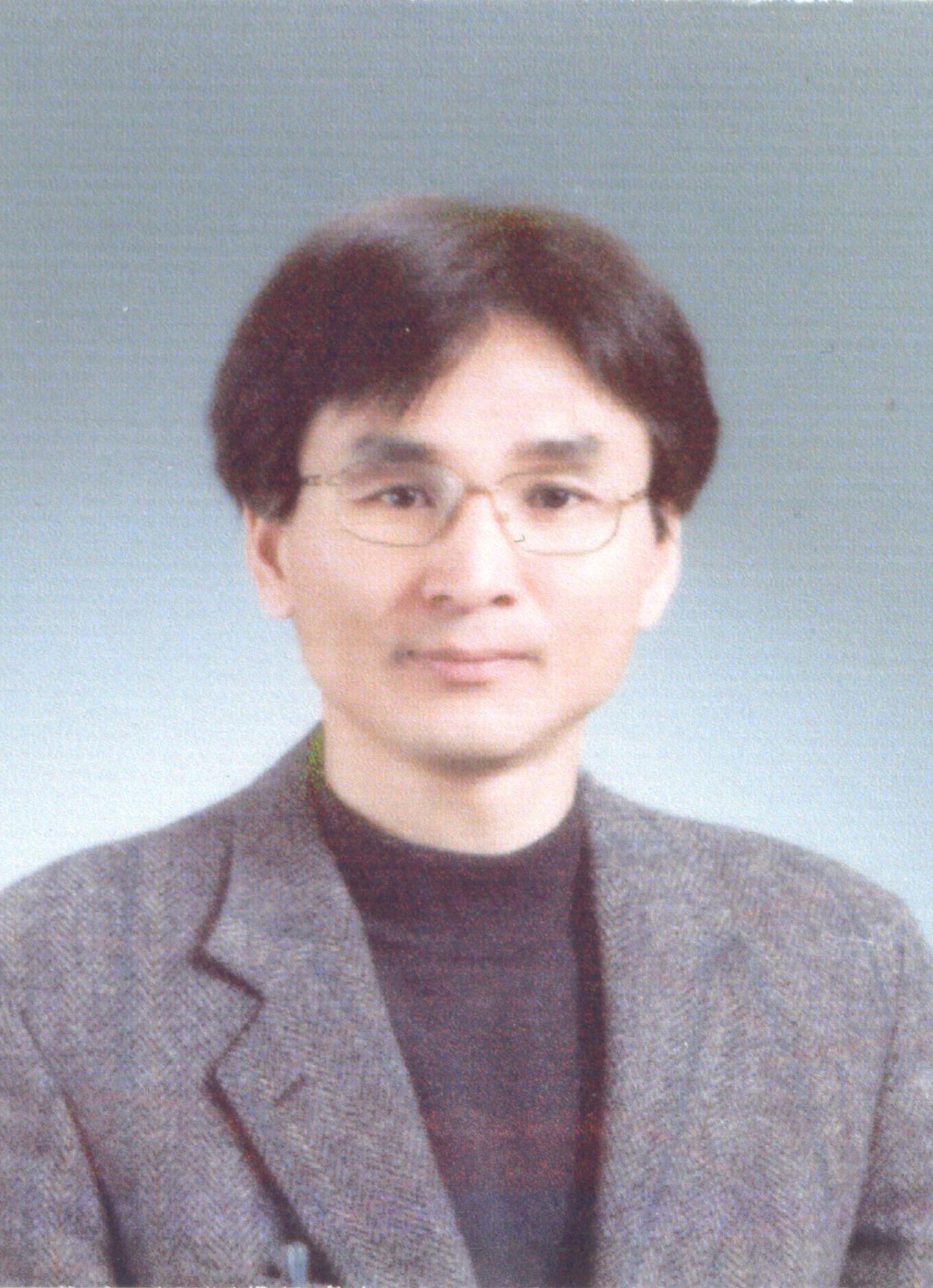 김용희 Yonghee Kim.jpg