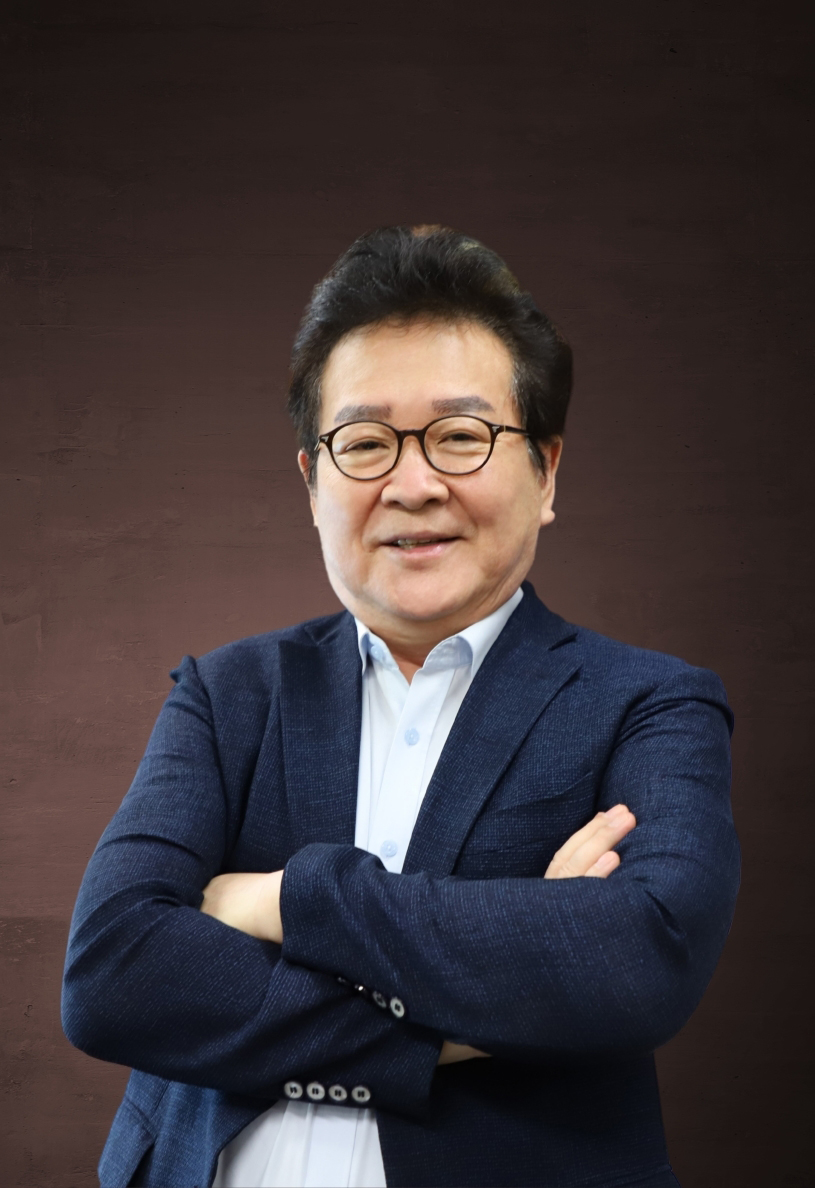 성풍현 교수님.jpg
